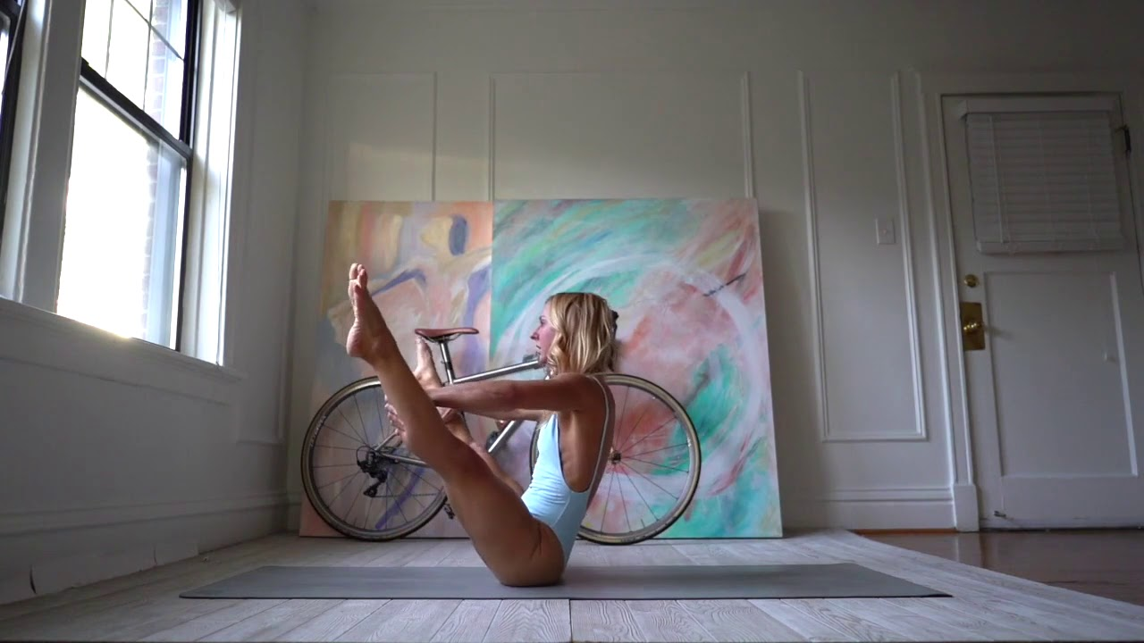 Sexy yoga Arm Balances