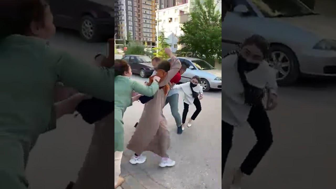 Çankırı'da boşanan çiftin yakınları arasında kavga çıktı