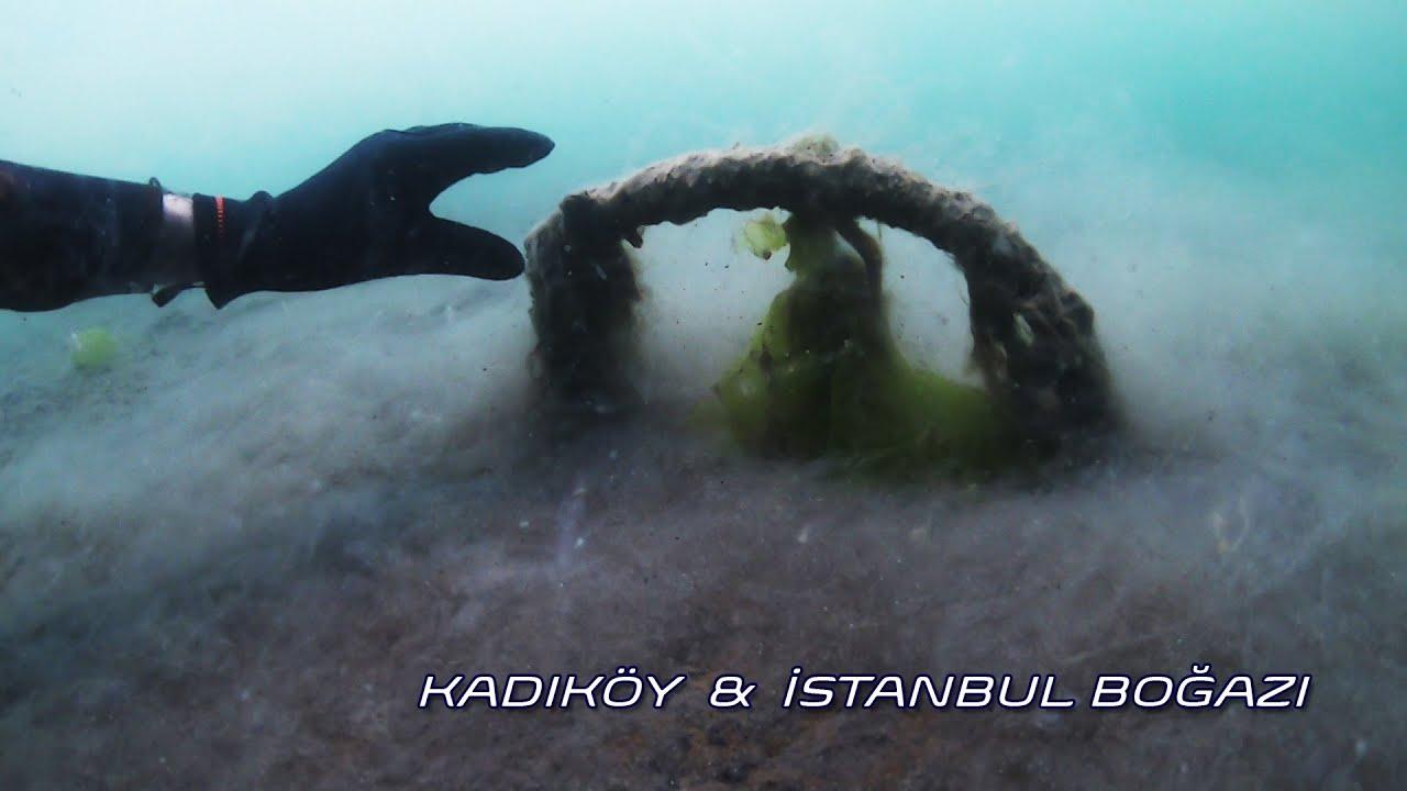 Marmara Denizi Boğuluyor!  Kadıköy / İstanbul Boğazı  Mayıs 2021