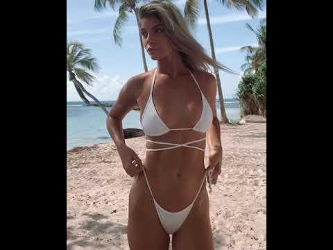 Ashley Marie Dickerson'ın beyaz bikinisi çok seksi!
