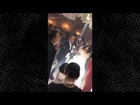 Berdan Mardini'nin sahne aldığı düğünde dolarlar hava uçuştu