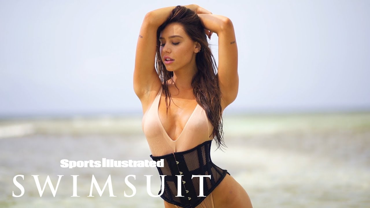 Alexis Ren Sports a Sexy Corsett on the Beach   Sports Illustrated Swimsuit
